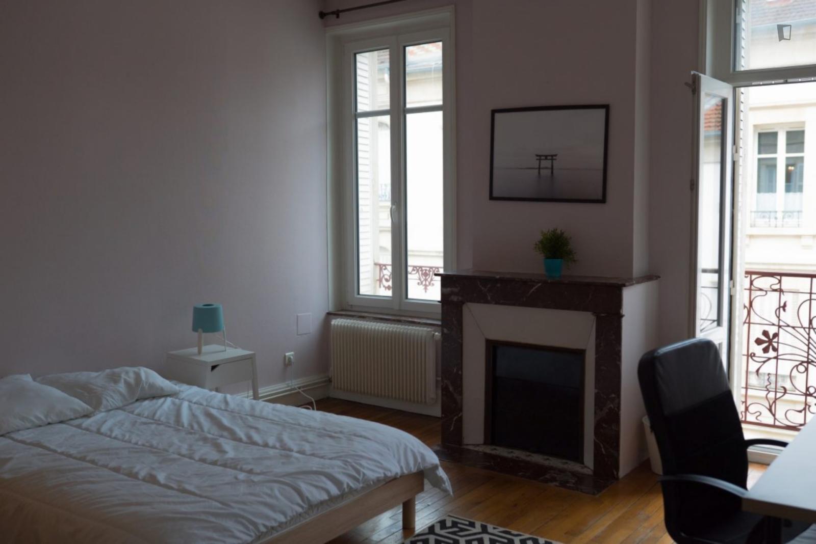 Rue Dupont des loges, Nancy, KY - 500 USD/ month