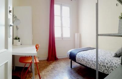 Comfy single bedroom in the Arapiles neighbourhood