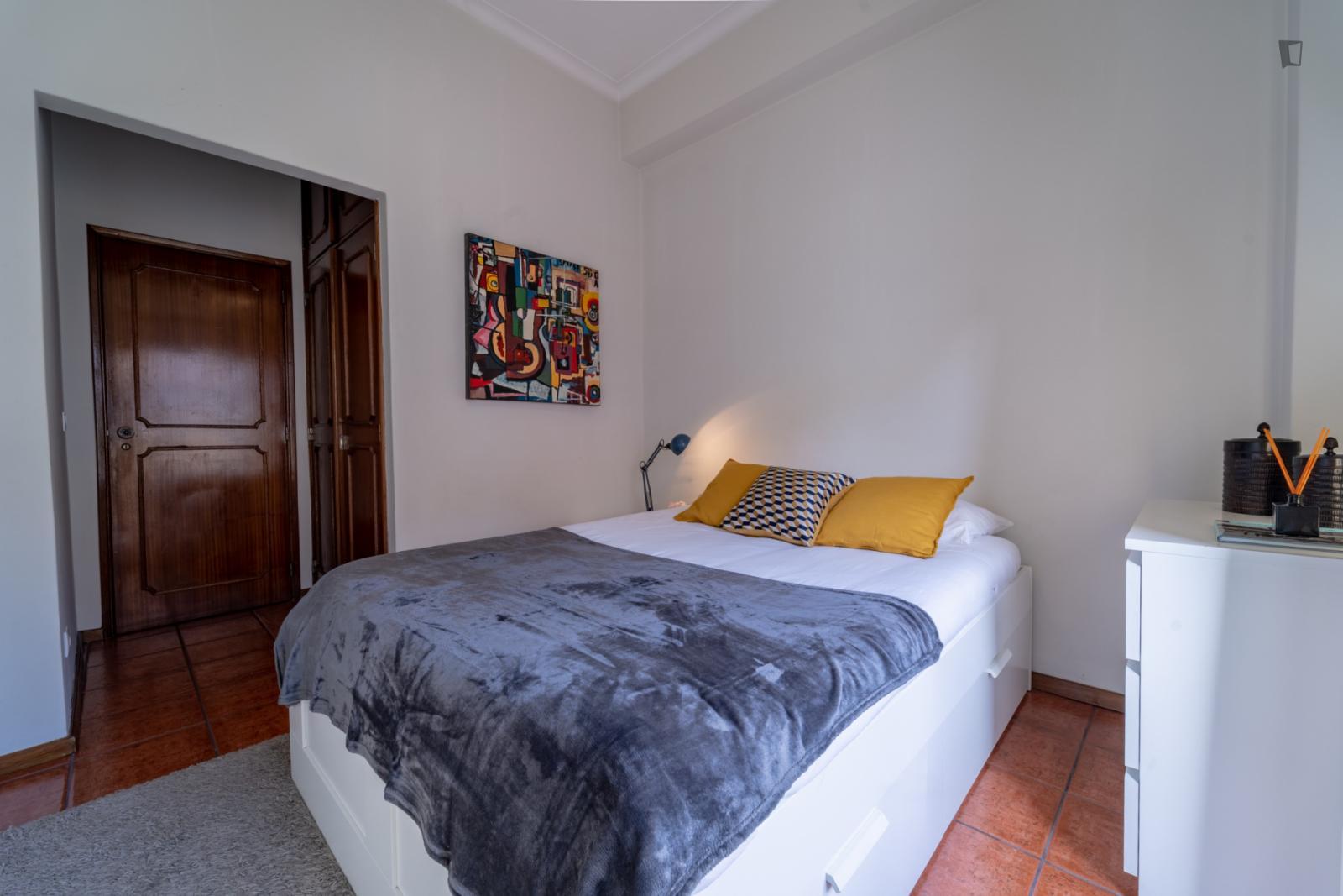 Rua Dom Gonçalo Pereira, Braga,  - 650 EUR/ month
