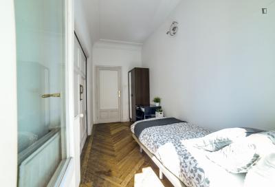 Single bedroom near the fantastic Plaza de Oriente