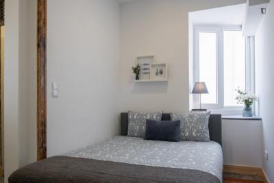 Welcoming double ensuite bedroom near the Câmara de Gaia metro