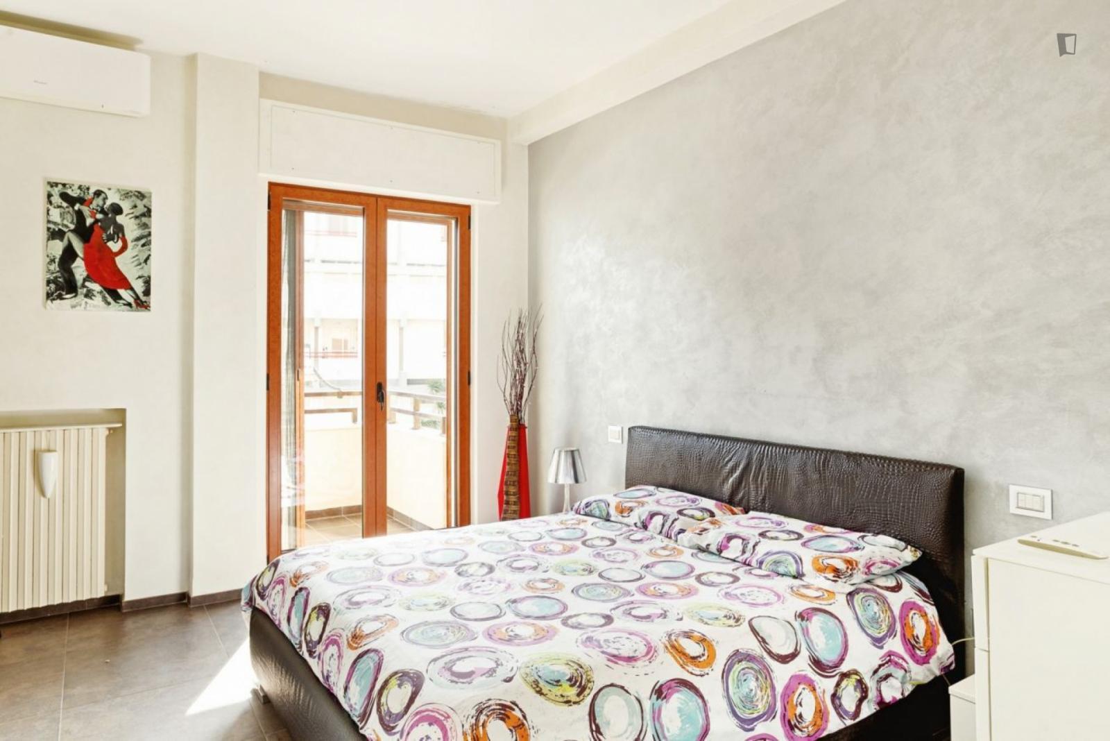 Lungomare Ugo Lorusso, Bari, IT-BA - 1,290 EUR/ month