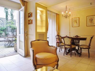 Elegant apartment in Gaillon, central Paris