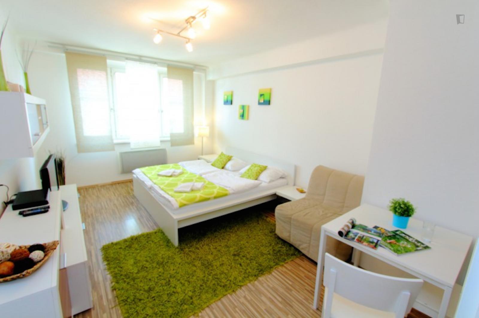 Kriehubergasse, Margareten, AT-9 - 1,350 EUR/ month