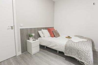 Double bedroom close to Universidad Complutense de Madrid
