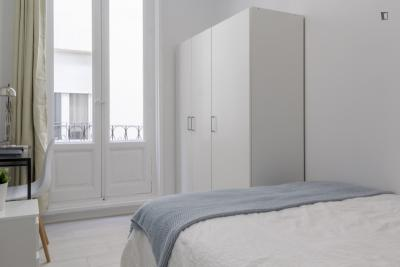 Welcoming double bedroom in the centre of Madrid