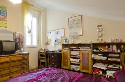 Pleasant double bedroom in Nossa Senhora de Fátima