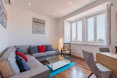 Super elegant 4-bedroom apartment in Santa Apolónia