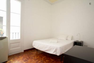 Very nice single bedroom in Dreta de l'Eixample