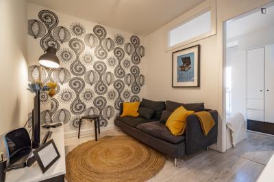 Tasteful 4-bedroom apartment in Campolide