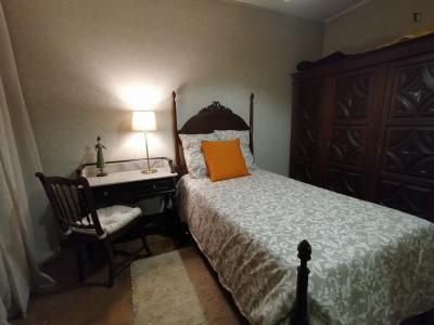 Very nice and cosy single bedroom in Ermesinde (Porto)