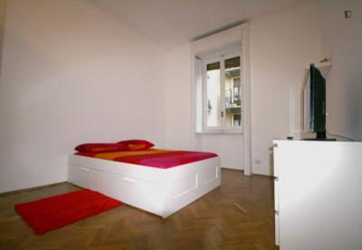 Comfy double bedroom near Parco Pubblico