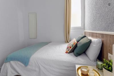 Appealing double bedroom in Goya