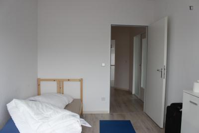 Comfortable single bedroom in a residence, in Gesundbrunnen neighbourhood