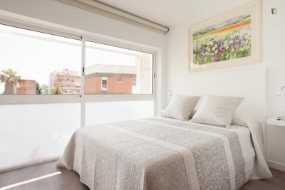 Homely 2-bedroom apartment in La Salut