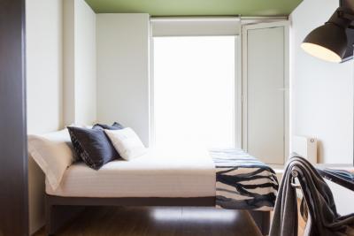 Cosy single bedroom in 2-bedroom apartment near Liverpool Street