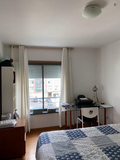 Double bedroom in a2-bedroom apartment in trendy Belém