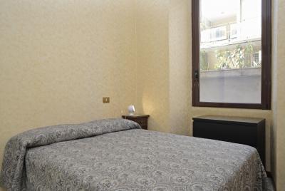 Pleasant double bedroom in proximity of Istituto Europeo di Design