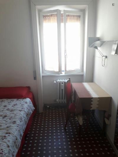 Single ensuite bedroom near Baldo Degli Ubaldi metro station