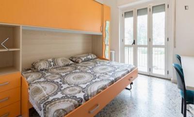 Good looking double bedroom in Gratosoglio