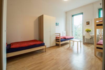 wohnungen mieten in berlin zimmer und. Black Bedroom Furniture Sets. Home Design Ideas