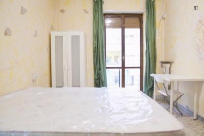 Double ensuite bedroom in Garbatella