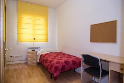 Snung single bedroom close to Universidad Europea de Madrid