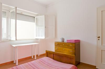 Very nice 2 bedroom apartment in Benfica