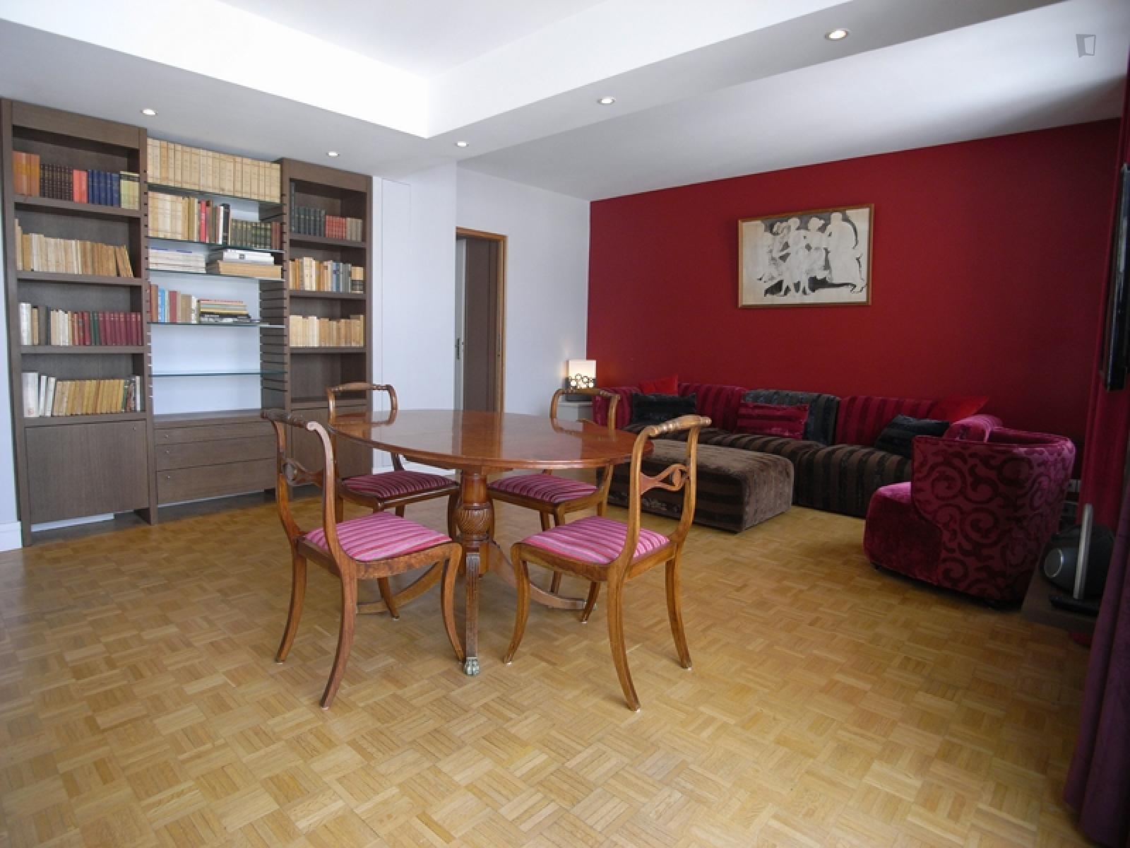 Rue Letellier, 15th arrondissement of Paris, FR-75 - 3,191 EUR/ month