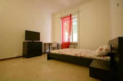 Modern double bedroom in a 4-bedroom apartment near P.TA Genova FS metro station