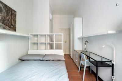 Renovated single bedroom in the heart of Milan