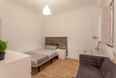 Nice double bedroom not far from Universidad Europea de Valencia