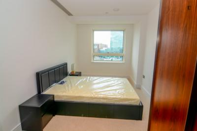 Double ensuite bedroom in Isle of Dogs