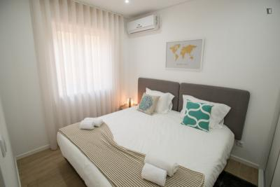 Sublime 1-bedroom flat in the central Santo Ildefonso neighbourhood