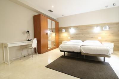 Lovely 1-bedroom apartment near Universidad Complutense de Madrid - Campus de Somosaguas
