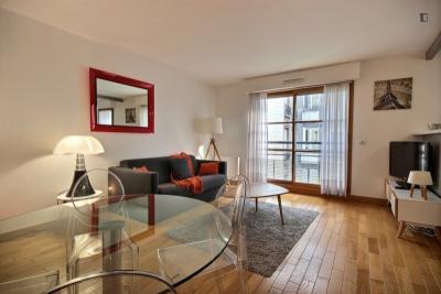 Fantastic 1-bedroom apartment in Paris, next to Passy Park