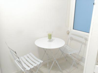 Homely studio apartment in Les Corts