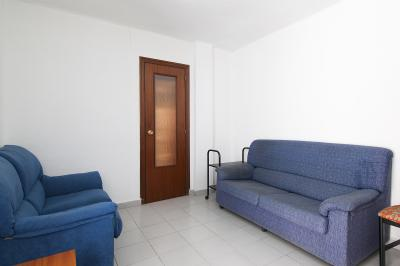 Typical and warm 2-bedroom apartment in Benimaclet