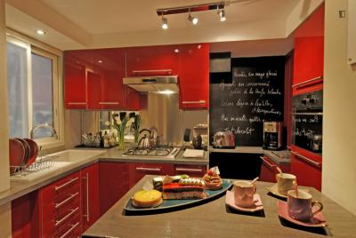 Nice 2-bedroom apartment near Mines ParisTech University