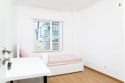 Single Bedroom in Newly Renovated Apartment in Colombo