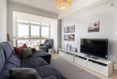 Pleasant 3-bedroom apartment in Carnaxide