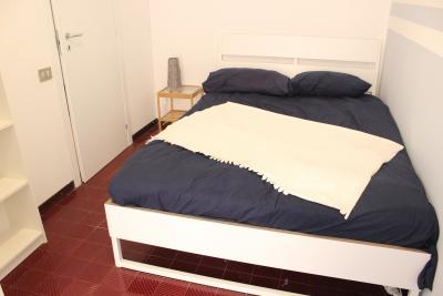 Comfy double bedroom near Portello metro station