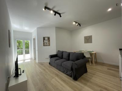 2-bedroom apartment with a balcony in Sagrera area