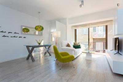 Bright and airy 1-bedroom apartment in Sarrià