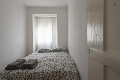 Cool and comfortable 1-bedroom flat in Príncipe Real