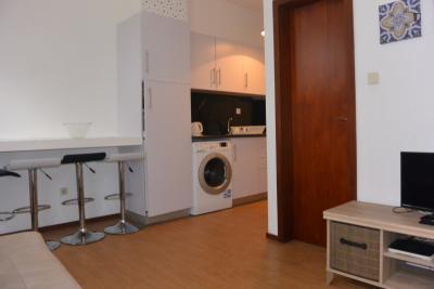 2-bedroom little house near Campanhã