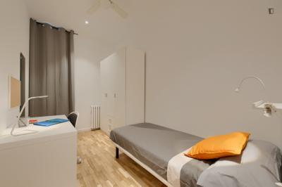 Comfy single bedroom in Dreta de l'Eixample