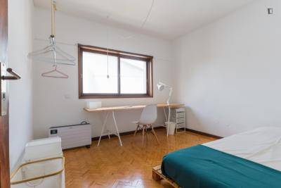 Friendly single bedroom close to Universidade Lusíada do Porto