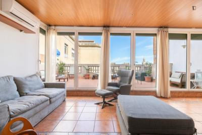 Fantastic 2-bedroom apartment near Diagonal metro station