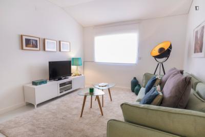 Great 1 Bedroom apartment in trendy Principe Real